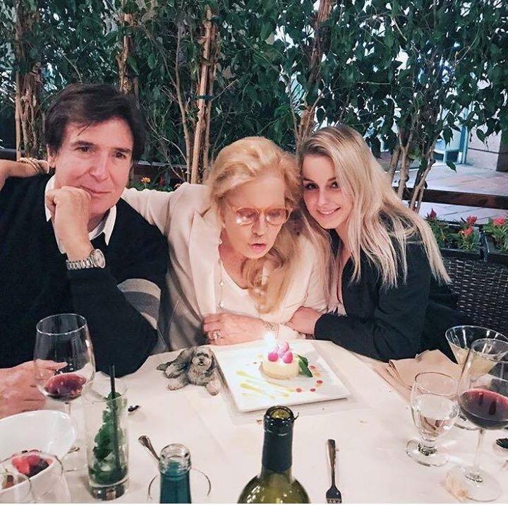 Darina souhaite un heureux anniversaire à Sylvie sur Instagram Sv10
