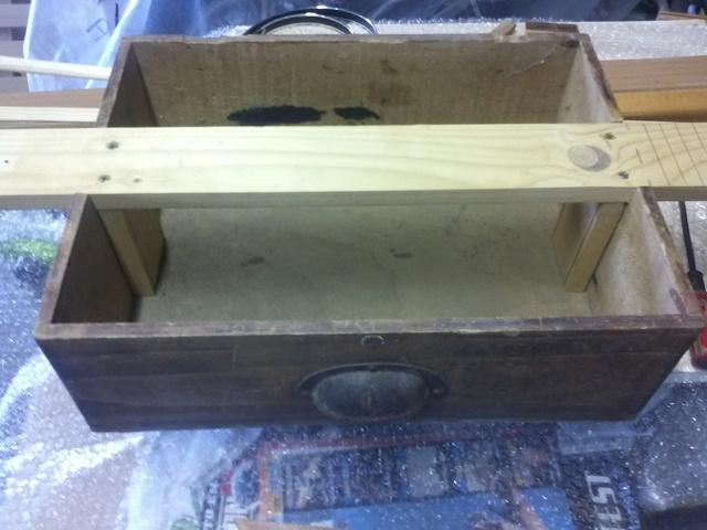 cigar box 3 ou 4 cordes ....................... 00911