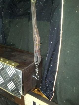 une cigar box ...................... 01519