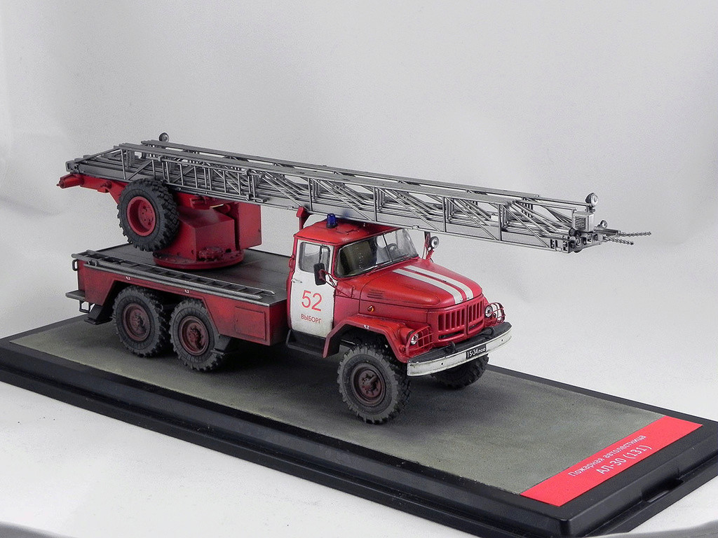 Пожарная автолестница АЛ-30 (131) 1:43 AVD 10010