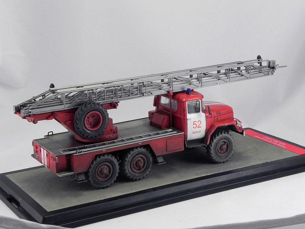 Пожарная автолестница АЛ-30 (131) 1:43 AVD 10310