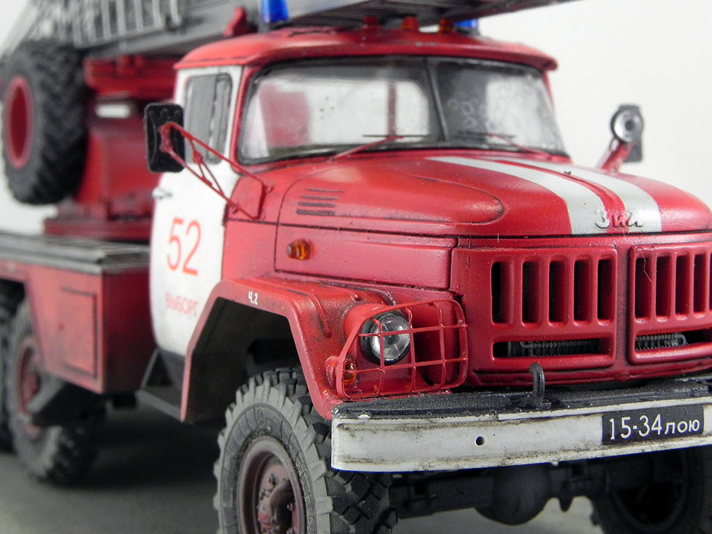 Пожарная автолестница АЛ-30 (131) 1:43 AVD 10510
