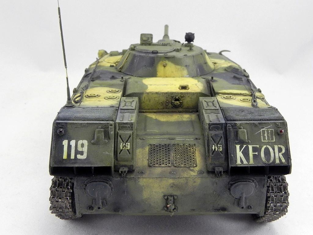 Боевая машина десанта БМД-1 1/35 10811