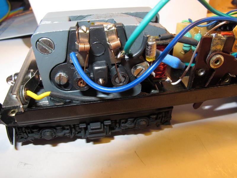 Difficulté d'installation d'un Uhlenbrock 76200 (bis) 76200_15