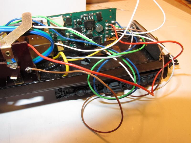 Difficulté d'installation d'un Uhlenbrock 76200 (bis) 76200_16
