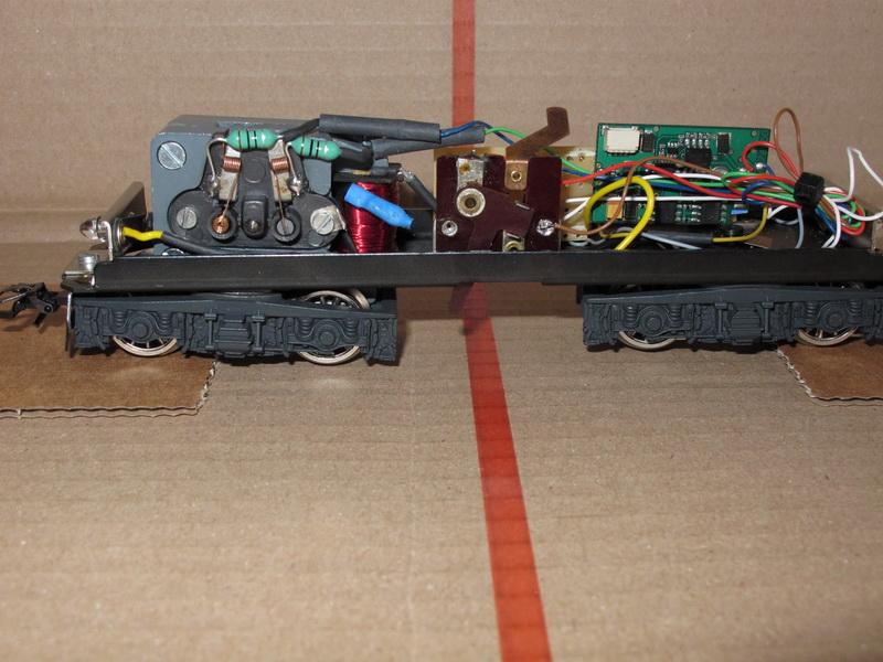 Difficulté d'installation d'un Uhlenbrock 76200 (bis) Re_bls10