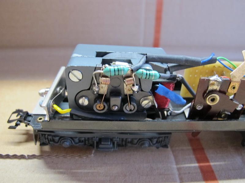 Difficulté d'installation d'un Uhlenbrock 76200 (bis) Re_bls11