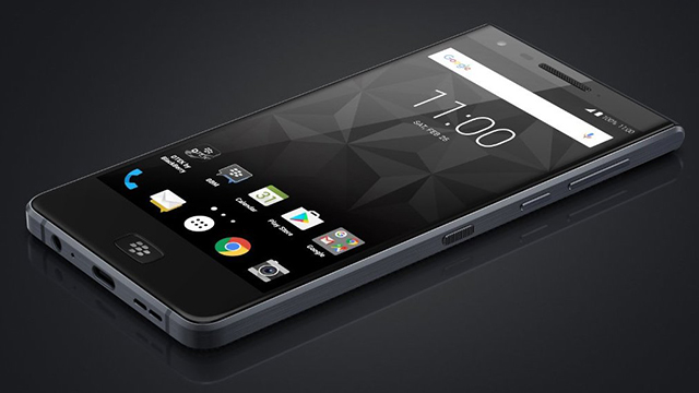 Διέρρευσαν η πρόσοψη και η ονομασία του «Blackberry Motion» Dierre10