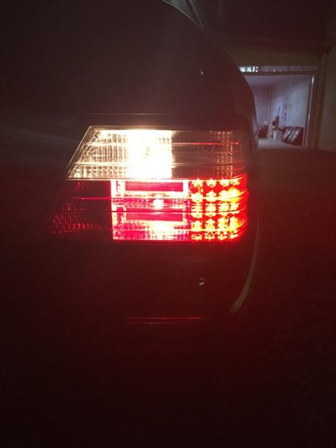 Vendo Par De Lanternas/farois Traseiros Mercedes W124 - R$350 19576010