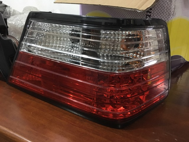 Vendo Par De Lanternas/farois Traseiros Mercedes W124 - R$350 19621810
