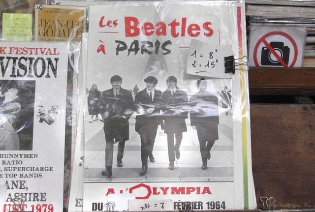 vu sur les quais de la Seine 64_les10