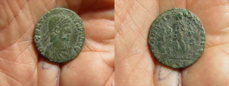 AE2 Maiorina de Graciano. REPARATIO REIPVB. Lyon P7030012
