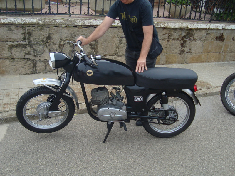 XIII Concentracion de motos antiguas Alberuela de tubo (Huesca) Dsc02122