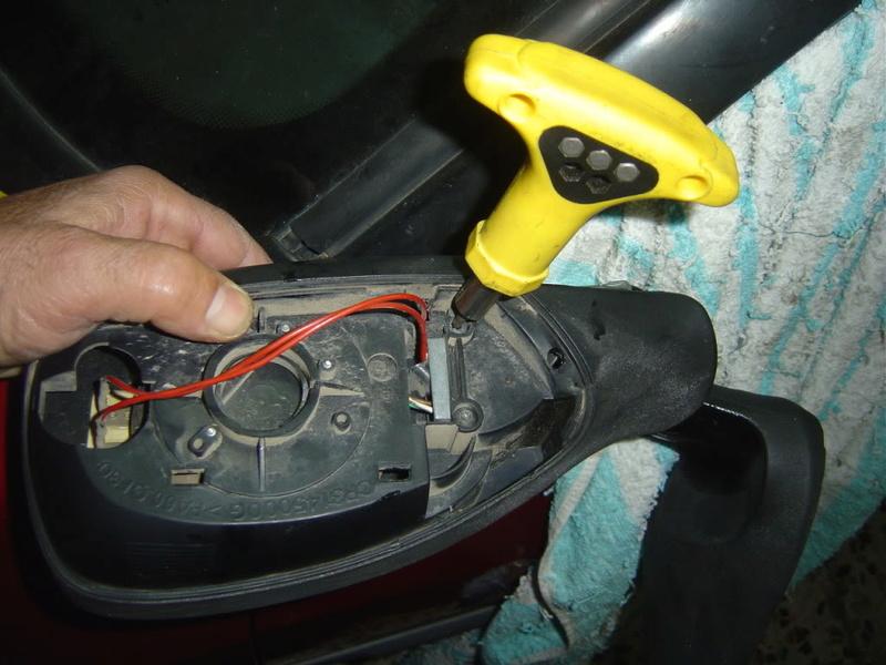 retrovisor - [ ESPEJOS ] Reparación del espejo retrovisor exterior 0511