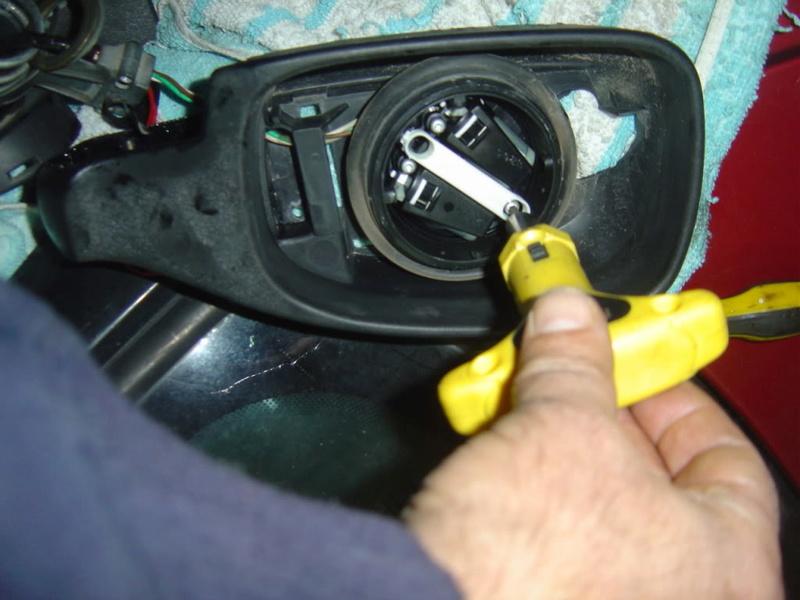 [ ESPEJOS ] Reparación del espejo retrovisor exterior 0811
