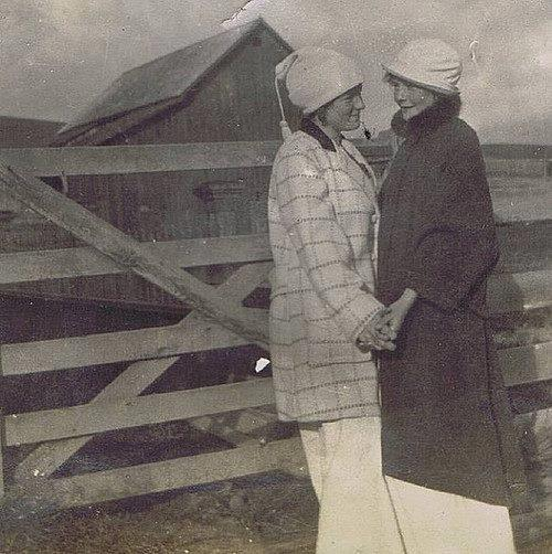 Fotos antiguas - Página 3 Lesbia10