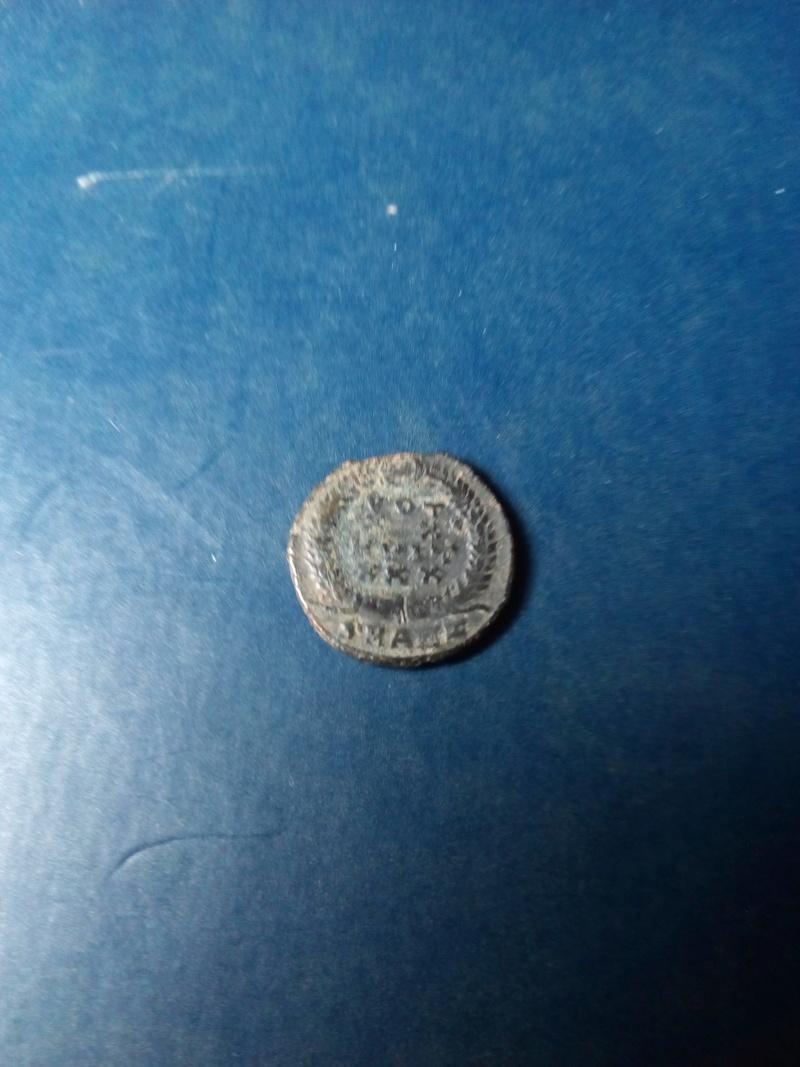 AE4 de Constancio II. VOT / XX / MVLT / XXX.  Antioquía Img_2094