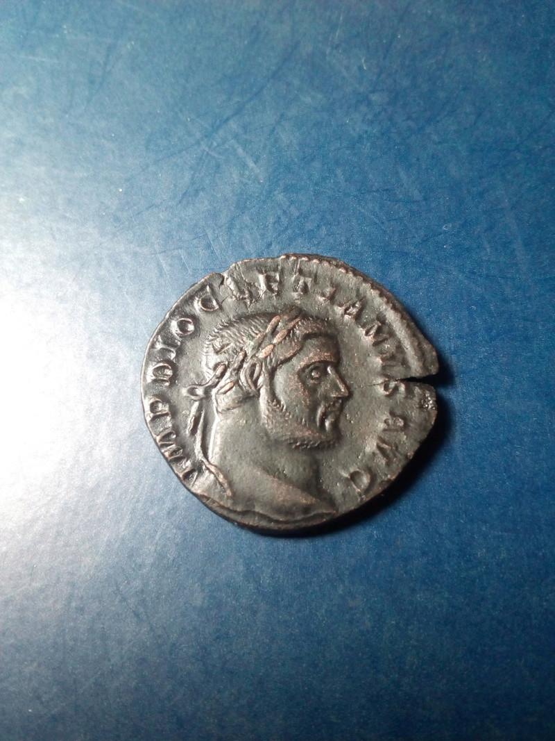 Nummus de Diocleciano. GENIO POPVLI ROMANI. Trier Img_2240