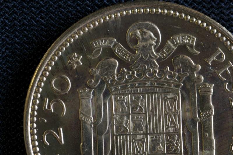 2,50 pesetas *19-56, Estado Español- acuñación PROOF - Página 2 Estrel11