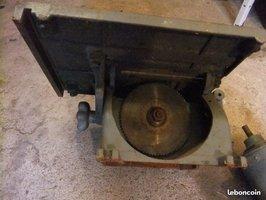restauration scie sur table ancienne en fonte Scie110