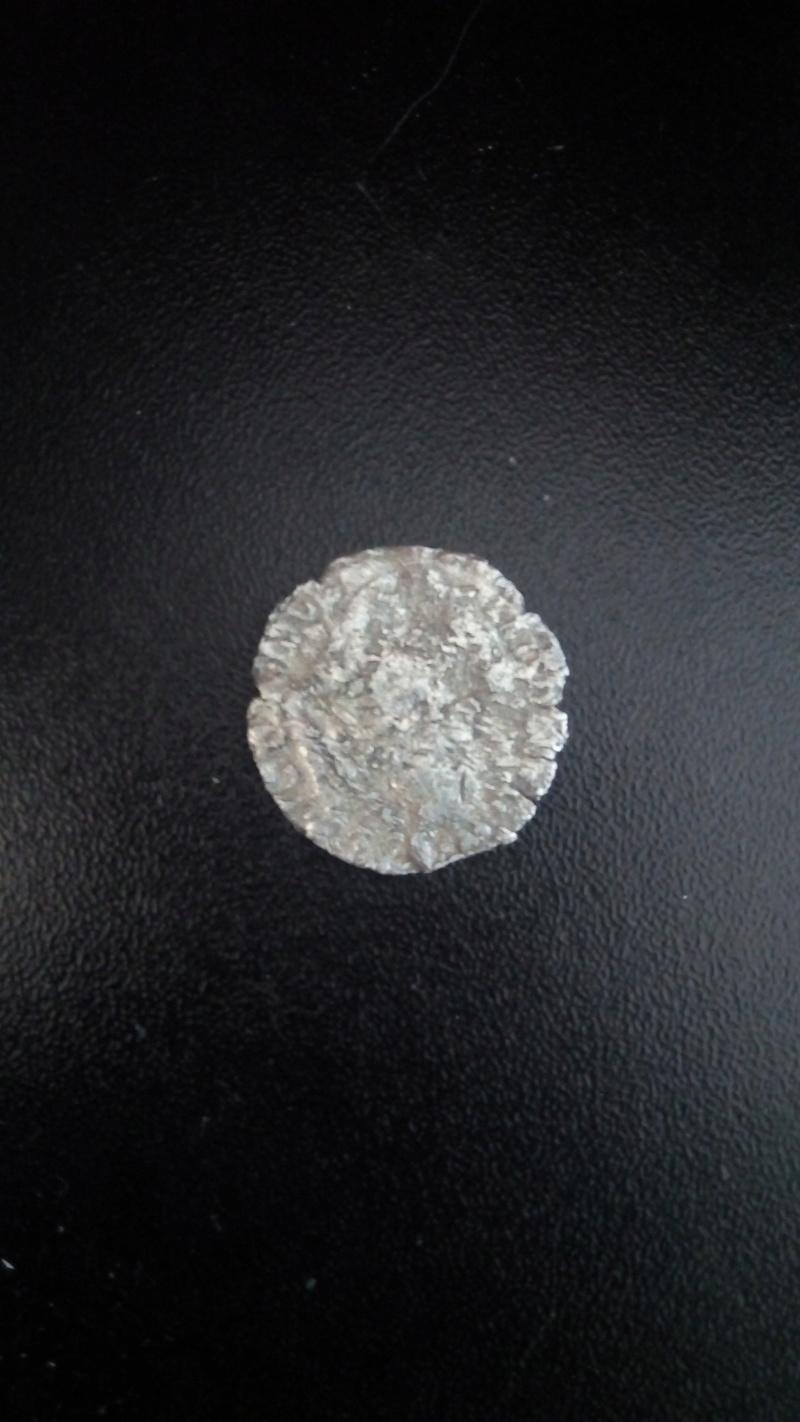 moneda a identificar  Img_2011