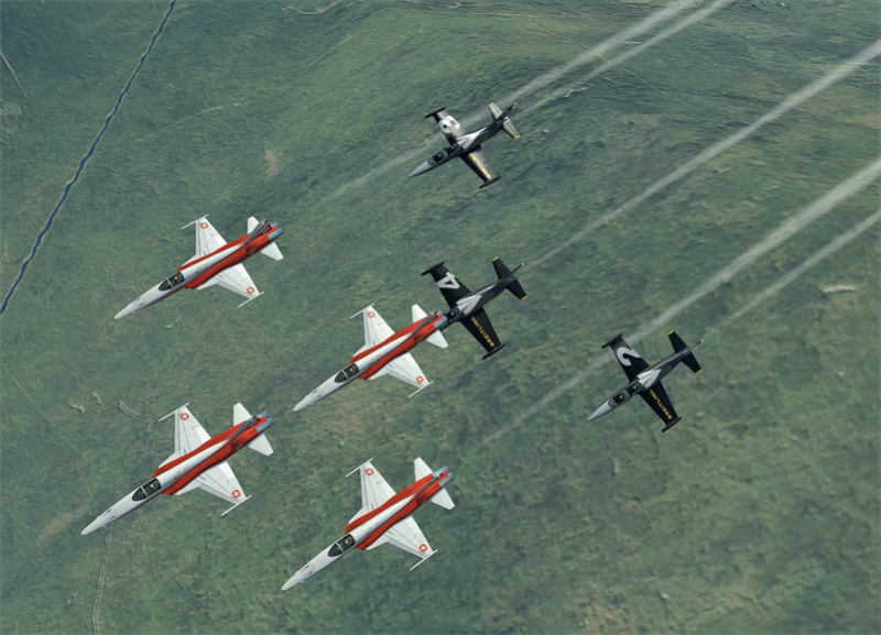 Vol avec la Patrouille suisse F5-l3913