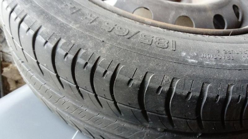 [VDS] 4 roues tole avec pneu michelin Dsc_0013