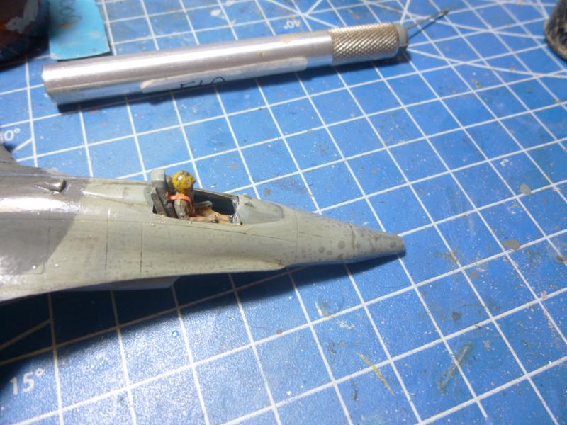 f-16A(yf-16A) 1/72 academy  P1020421