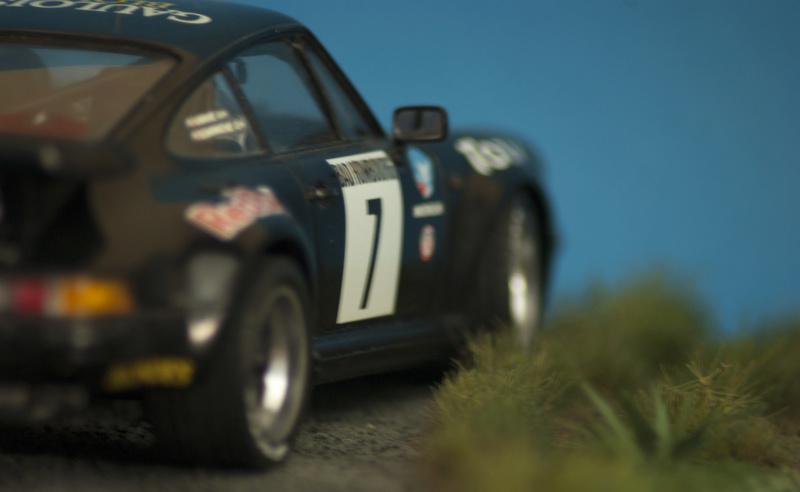 Porsche 911 Turbo`88 Tamiya 1/24 Dsc05410