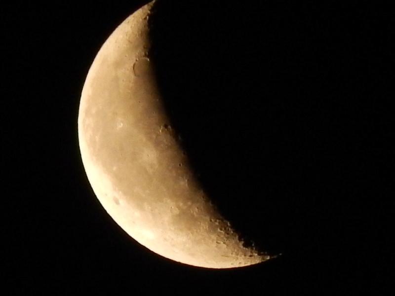 La Lune..... - Page 2 Rscn6210