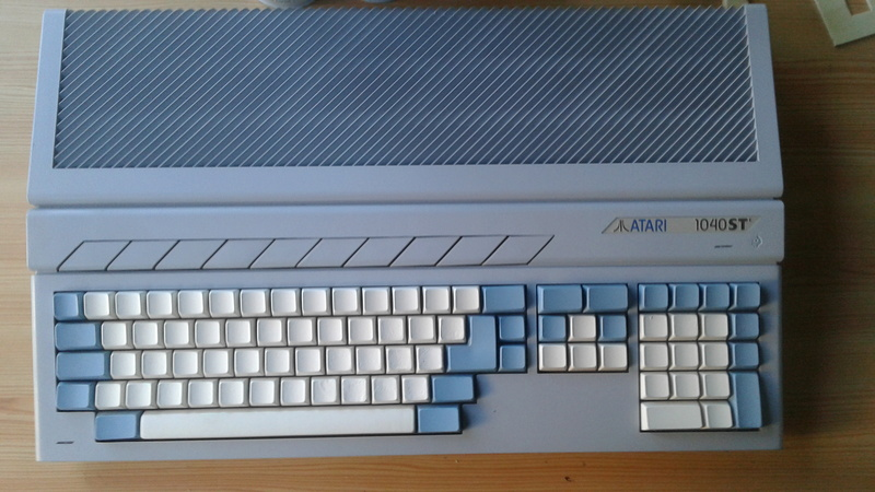 Custom Atari 1040 et Amiga 500 20170810