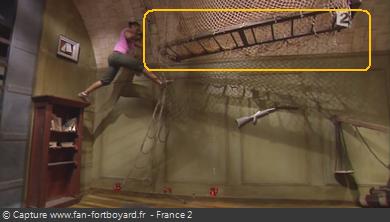 OBJET 019 / L'échelle des acrobates Objet_49