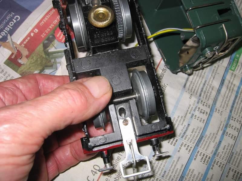 BB 8101 JEP 6069L: Problème de passage sur les aiguillages Img_8410