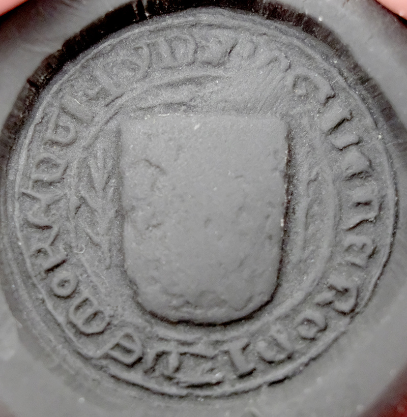 Sello y leyenda en el mismo a identificar Dscf5210