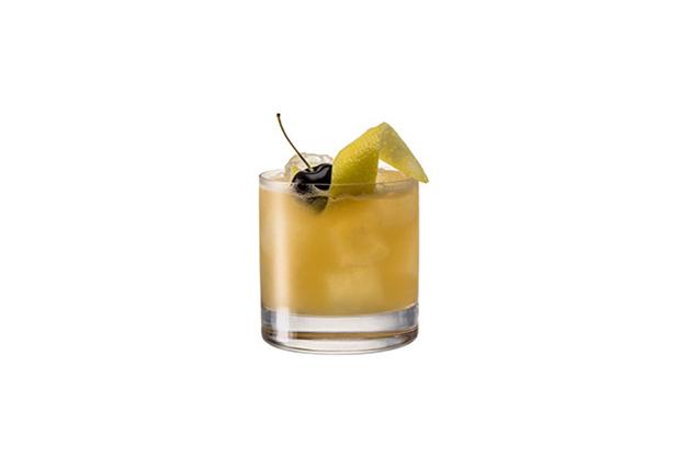 Chivas Sour.Un trago delicioso con whisky Sour10