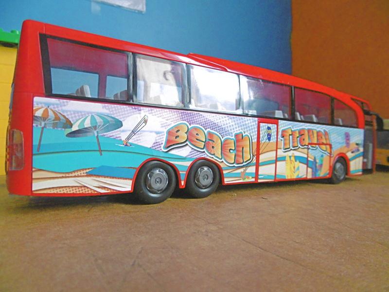 Les cars et bus miniatures P1190212
