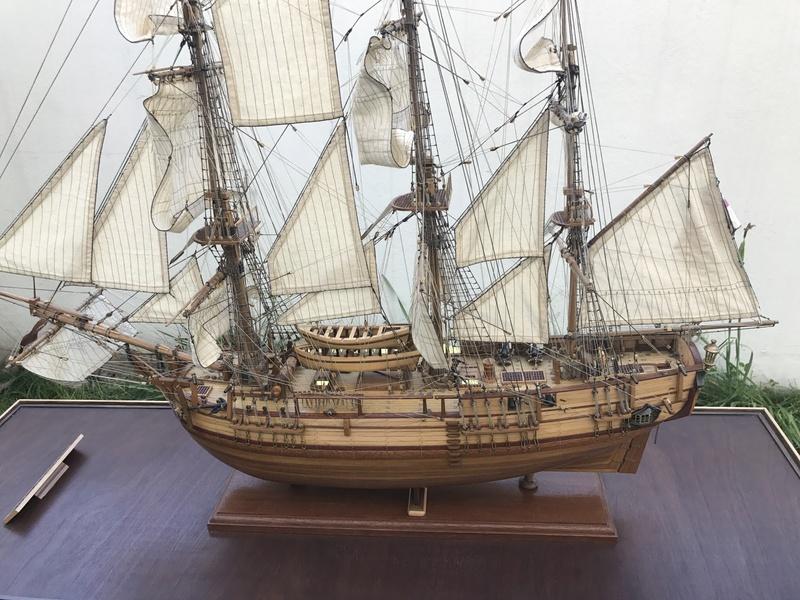 HMAV Bounty 1783 (Artesania Latina 1/48°) de docgillou Img_2115