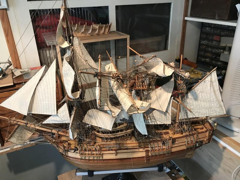 HMAV Bounty 1783 (Artesania Latina 1/48°) de docgillou Img_2116