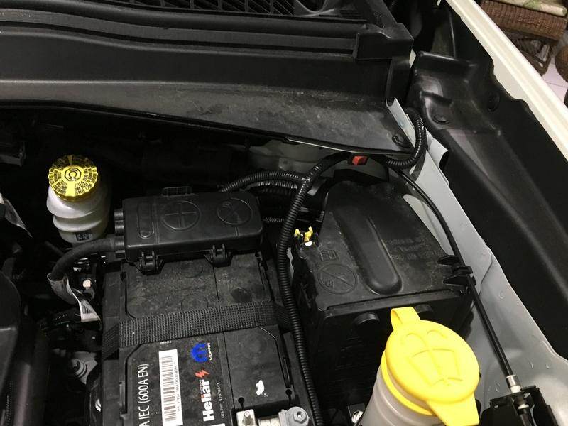 Iluminação no Motor Img_4539