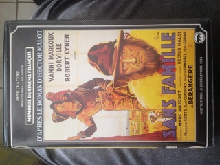 Vend VHS originales de collection René Chateau et autre. Image14