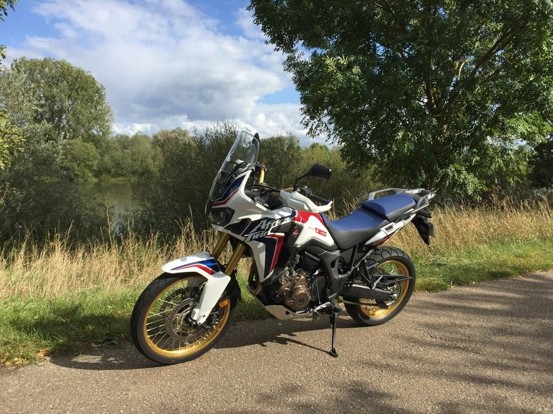 Africa Twin 2015 - Page 2 Img_2610