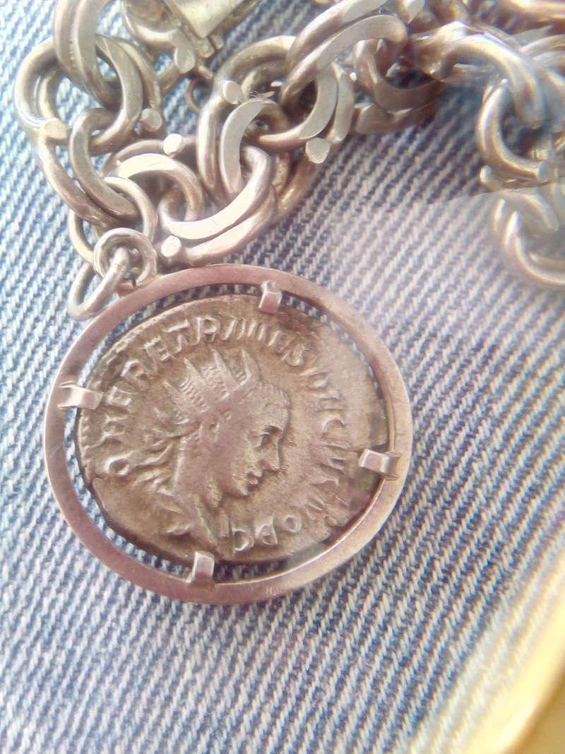 Antoniniano de Herennio Etrusco. SPES PVBLICA. Spes estante a izq. Ceca Roma. Img_2013