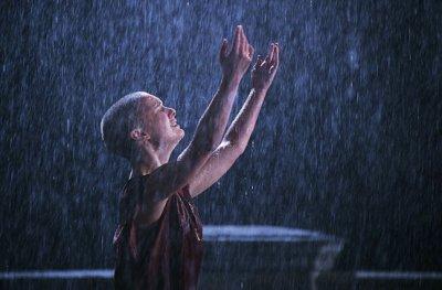 Dieu vit dans la pluie 30620910