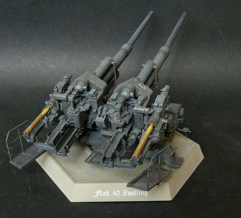 Takom 1\35 12,8 cm Flak-Zwilling 40 P1080016