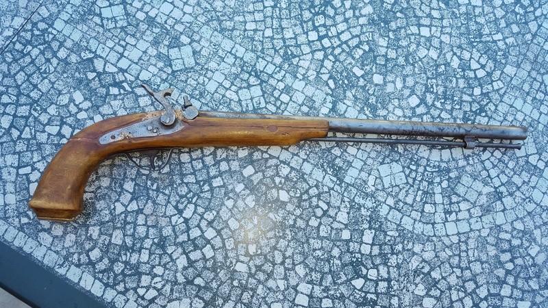 identification d'un vieux mousquet long. 20161024