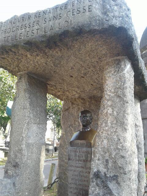 Alan KARDEC photos de sa tombe 2017.09.21. Resize11