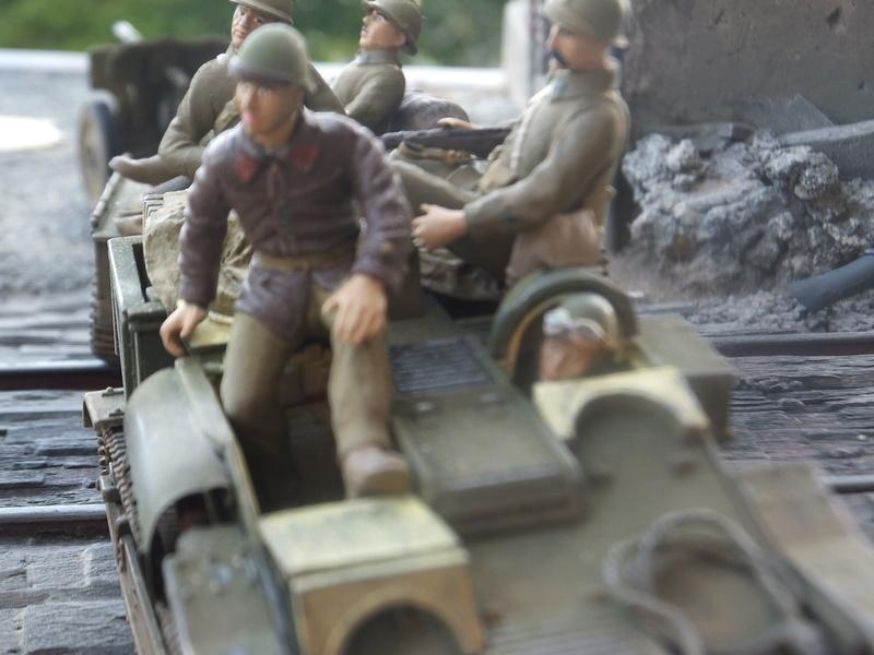 """Picon avec bière, juin 1940,-[mirage]Renault UE,[heller] canon de 25 mm 1/35 """"FIN"""" Dscf8920"""