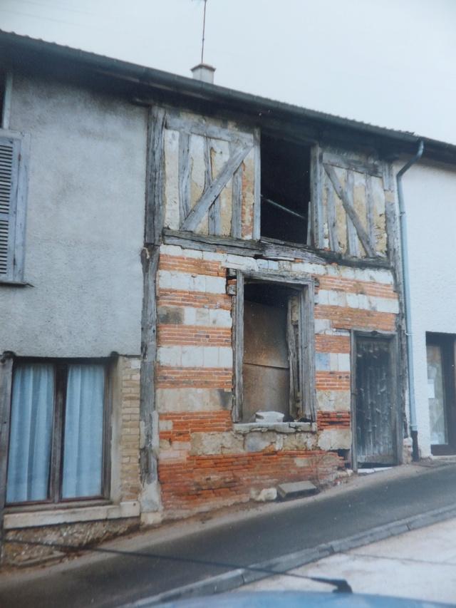 """""""la Neuville au pont""""  juin 40 -[heller]Hotchkiss , Renault,[mirage] chenillette UE 1/35  """"FIN"""" Dscf8953"""