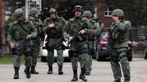 LOADOUT: Police,FBI... Yndice10