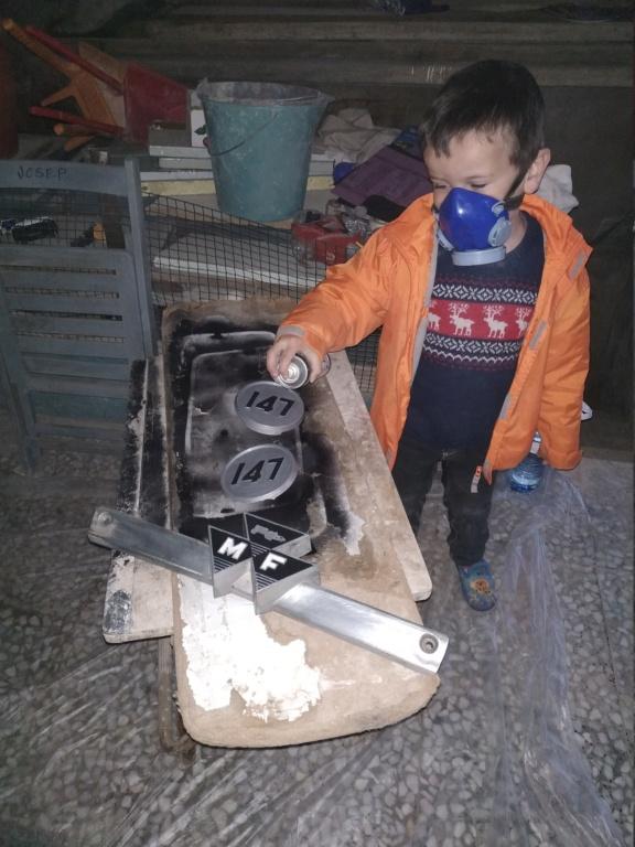 Alzhie - Massey Ferguson 147. Lavado de cara, Electricidad, alguna foto y algún vídeo.  Img_2030